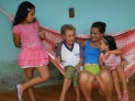 dona izabel (a filha), dona maria (a vó), dona ica (a mãe) e dona luiza (a sobrinha)
