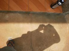 a minha sombra e a água do mate