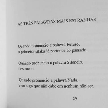 Wislawa Szymborska, no livro Um Amor Feliz